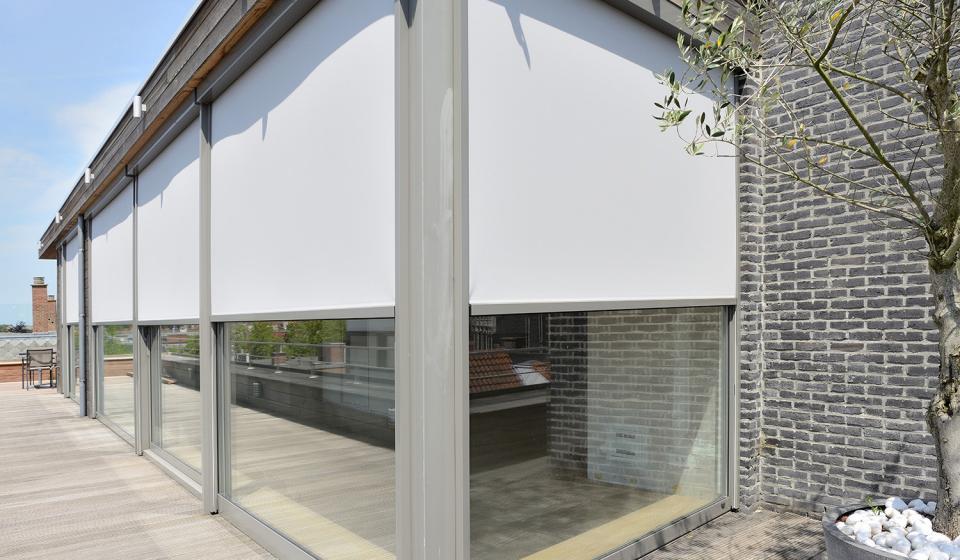 tehnici de umbrire pentru ferestre Pergole de Lux. Sistemele de umbrire - design și utilitate